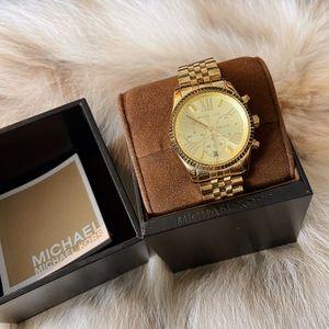 ✨ Beautiful Gold MK Watch